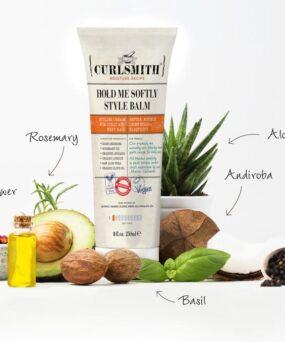 Curlsmith Hold Me Softly Style Balm er en krøllecreme til at style dit hår på til salg på www.curlsforyou.dk på billedet vises ingredienserne i krøllecremen