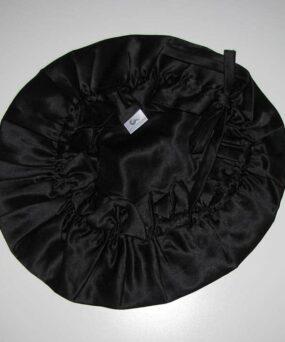 Silke Bonnet fra vores eget CurlsForYou mærke i farven Black